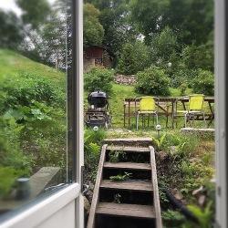 En sommarbild, för jag klarar ännu inte av att se hösten i vitögat...